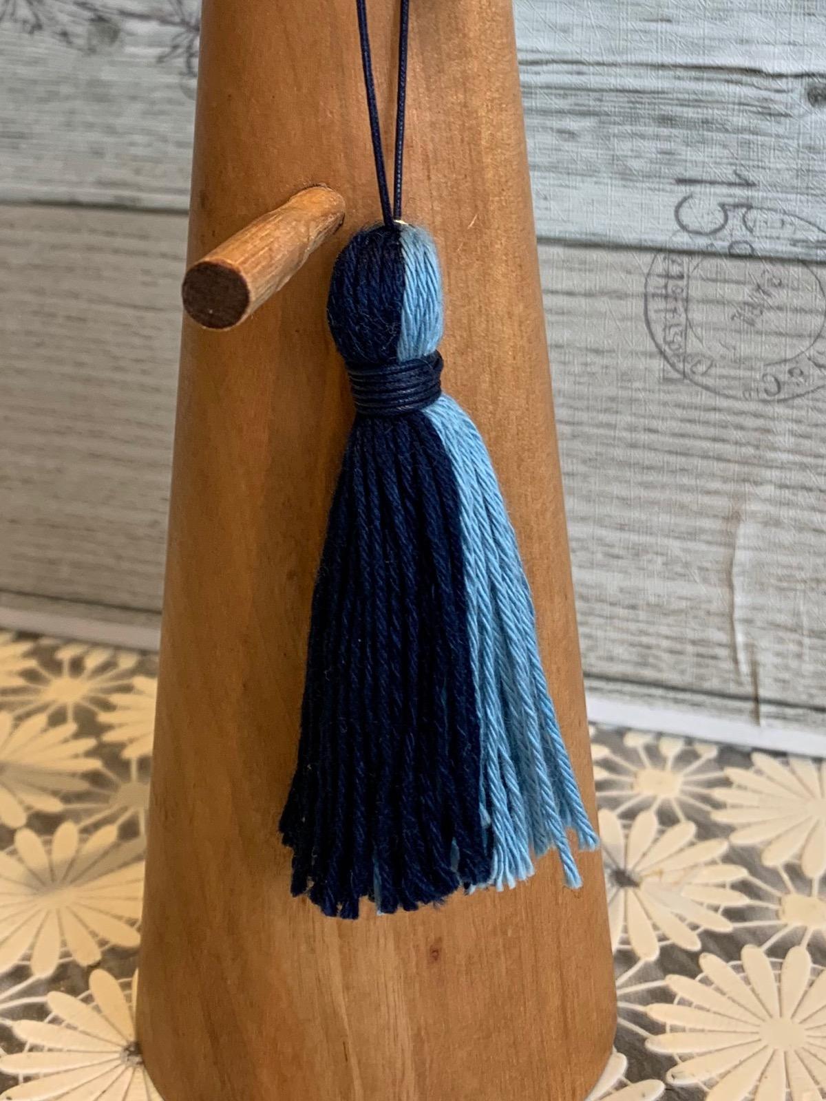 阿波藍染糸のすとらっぷ